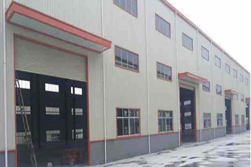 新疆山東青島快遞鋼結構廠房工程